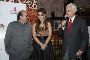 (L-R) Amar Singh, Chitwn D Malhotra & Salman Khurshid-1